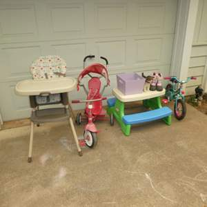 Lot # 41 - Graco Highchair, Little Tike Picnic Table, Sorel Snow Boots, Raleigh Toddler Bike, Radio Flyer & More!