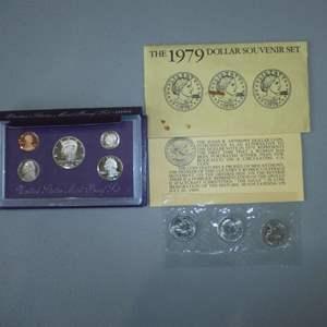 Lot # 1 -1993 US Mint Proof Set - 5 coin & Three (3) 1979 US Dollar (Susan B Anthony)