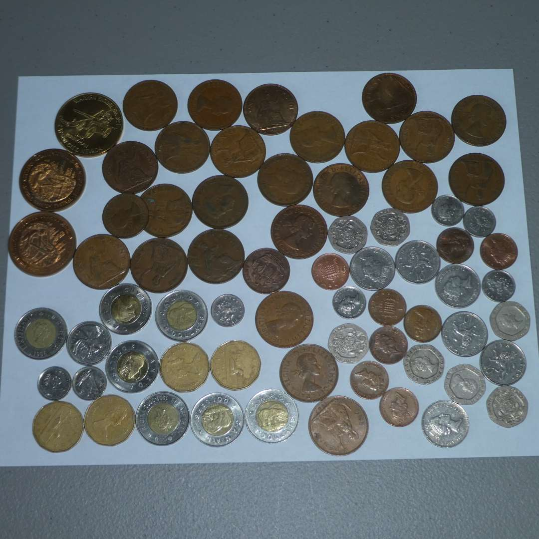 Lot # 17 - Misc. Collectible Coins (main image)