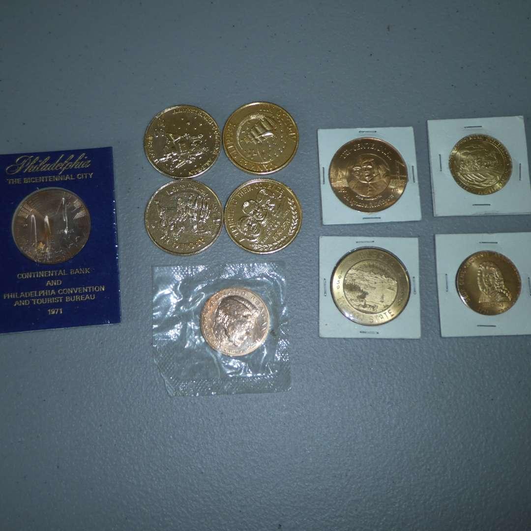 Lot # 21 - Misc. Collectible Coins & Incl Ronald Reagan Coin (main image)