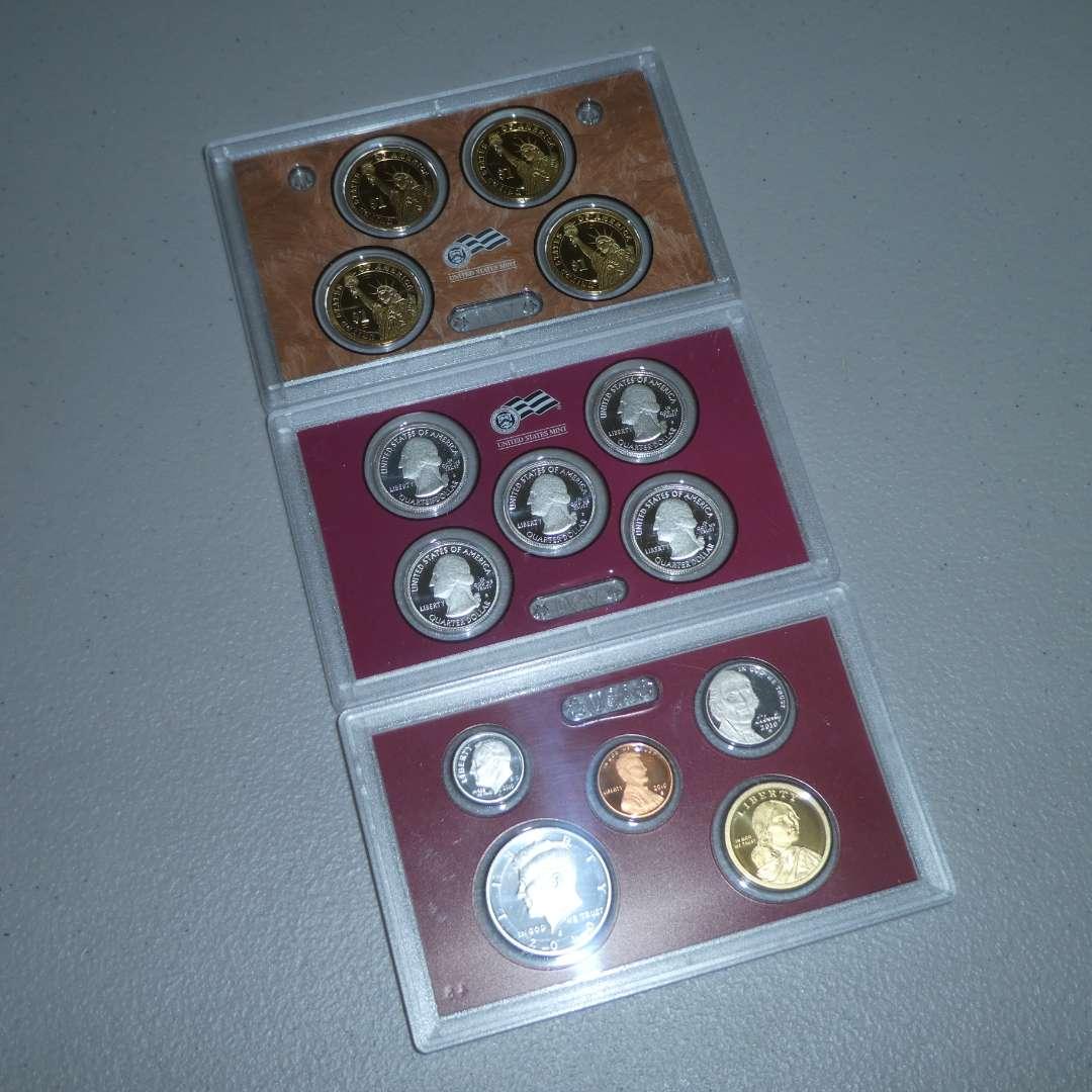 Lot # 63 - 2010 - United States Mint Silver Proof Set (main image)