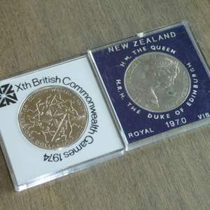 Lot # 105 - 1970 New Zealand Queen/Mt Cook - Royal Visit,1974 British Commonwealth Games - Proof Dollar