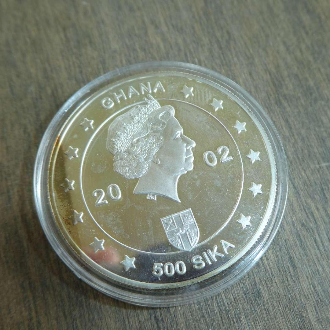 Lot # 114  - 2002 Ghana 500 Sika Silver Proof Crown Jubilee (main image)