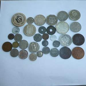Lot # 129 - Misc. Collectible Foreign Coins including 1966 Bahamas Silver 1-Dollar Coin