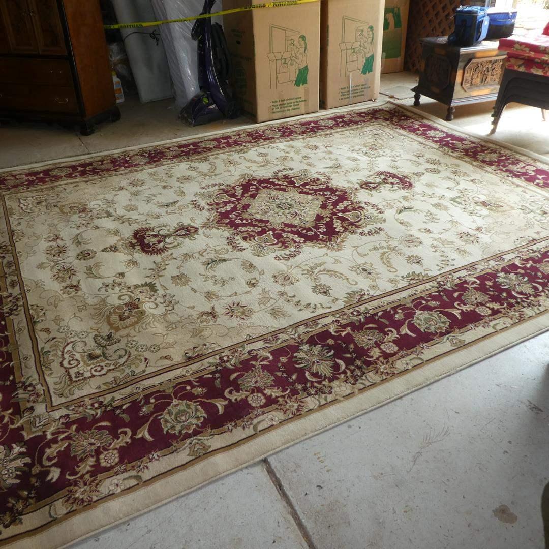 Lot # 69 - Persian Weavers Polypropylene Elegance Ivory 10' x 13' Area Rug (main image)