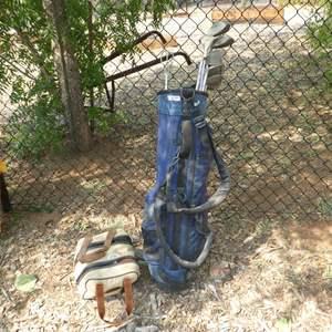 Lot # 94 - Golf Bag, Golf Clubs & Bocce Ball Set