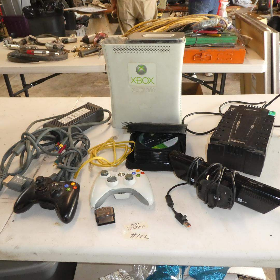 Lot # 102 - Xbox 360 Console, Controllers & Games (main image)