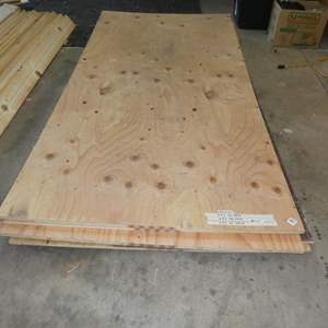 Lot # 110 - Plywood - See Pics For Dimensions