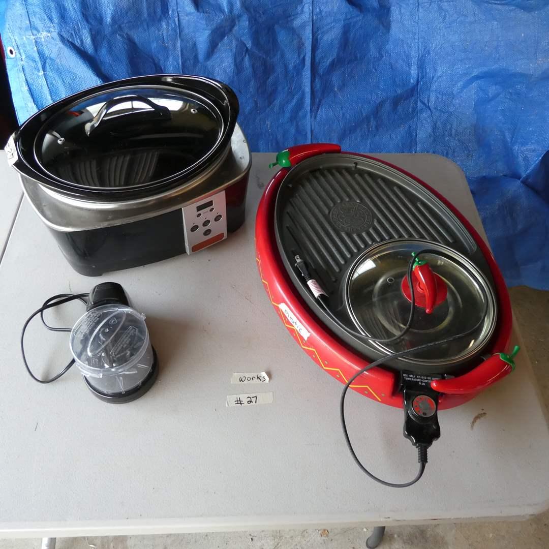 Lot # 27 - Crockpot And Chili Hot Plate (main image)