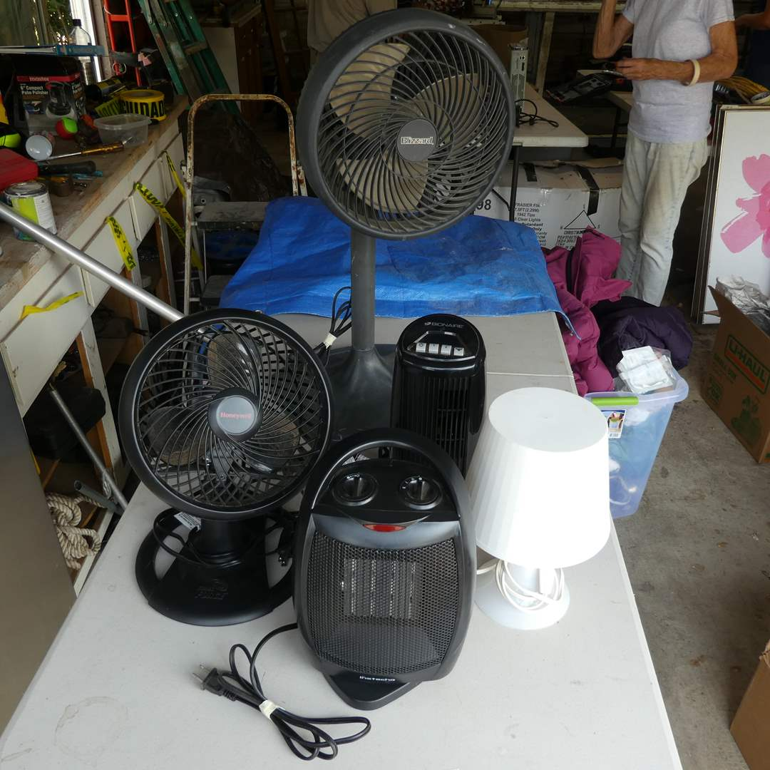 Lot # 37 - Cooling Fans, Space Heater, And A Small Lamp (main image)