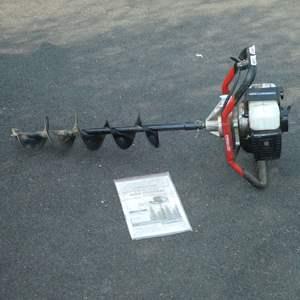 Lot # 153 - Predator Gasoline Auger Powerhead