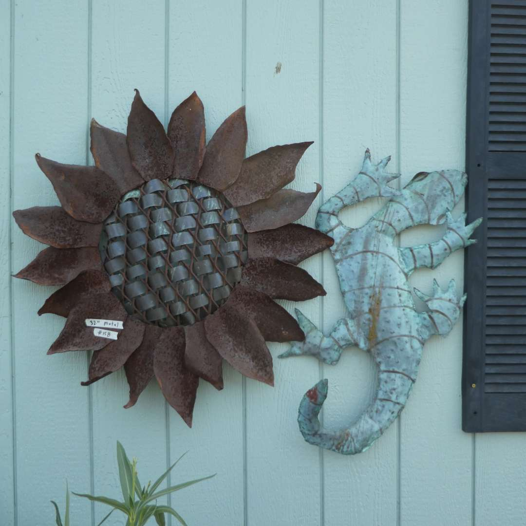 Lot # 158 - Beautiful Sunflower & Gecko Outdoor Metal Wall Art (main image)