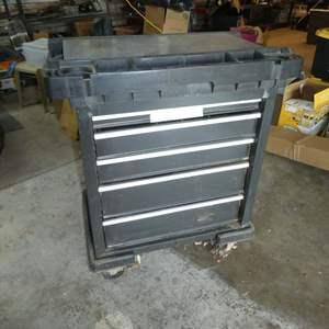 Lot # 174 - Craftsman Rolling Tool Cart