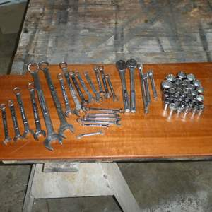Lot # 186 - Craftsman Lot - Wrenches, Ratchets & Sockets