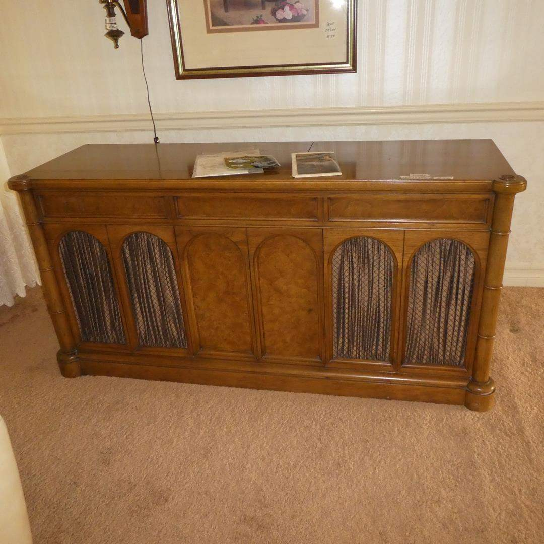 Lot # 56 - Vintage Sylvania Stereo Console Model SC 29 8BT - Works (main image)