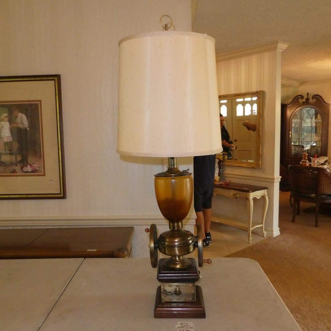 Lot # 79 - Vintage Coffee Grinder Decorative Table Lamp (main image)