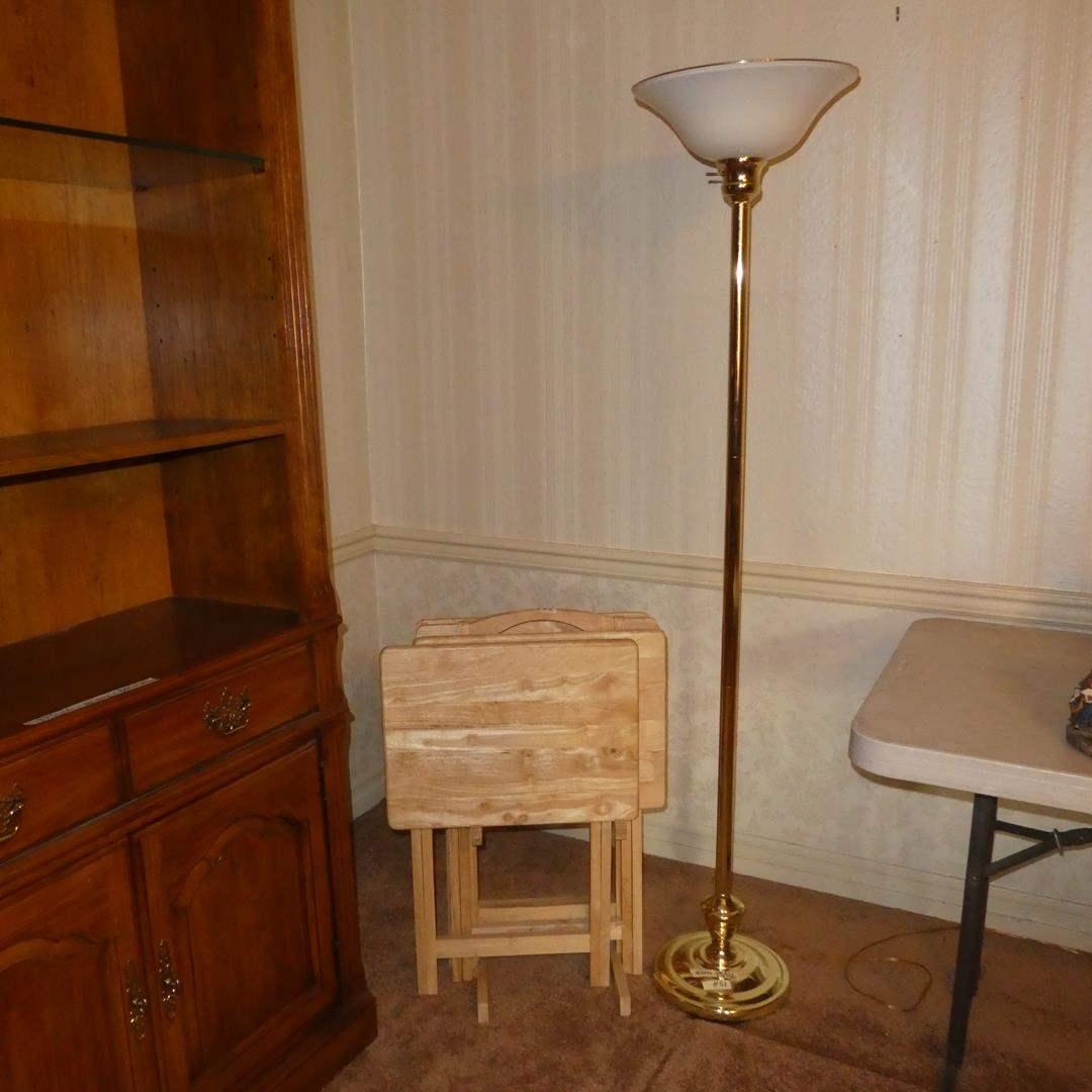Lot # 83 - Metal Floor Lamp w/Plastic Shade & Wooden TV Trays Set (main image)