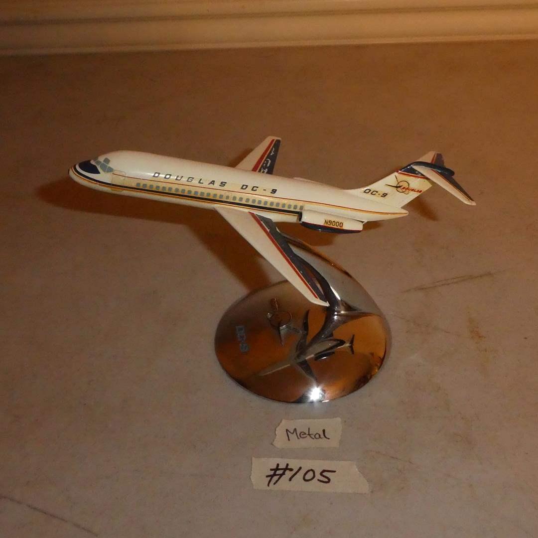 Lot # 105 -  Vintage Metal McDonnell Douglas DC-9 Model Plane (main image)