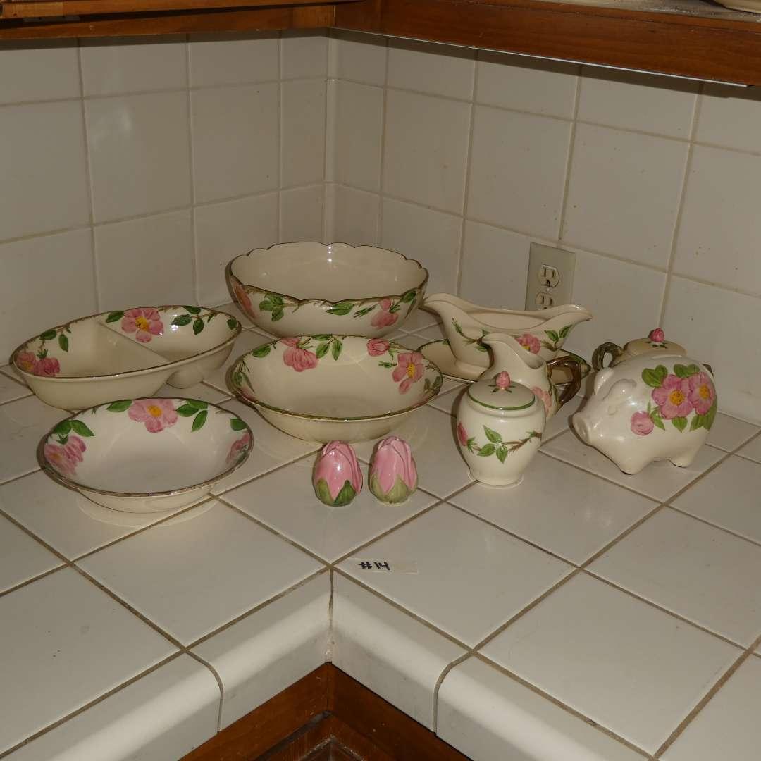 Lot # 14 - Various Desert Rose Dishes (main image)