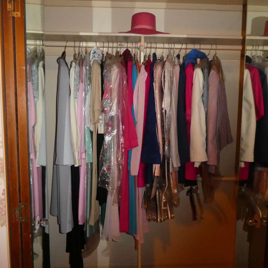 Lot # 26 - Vintage Womens Clothing  (main image)