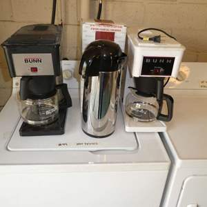 Lot # 44 - Old BUNN Coffee Makers & Gevalia Kaffe Airport Vacuum Bottle