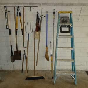 Lot # 267 - 6FT Werner Ladder & Misc Yard Tools