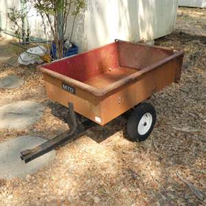 Lot # 279 - Small Trailer (Needs TLC, Tires Need Air)