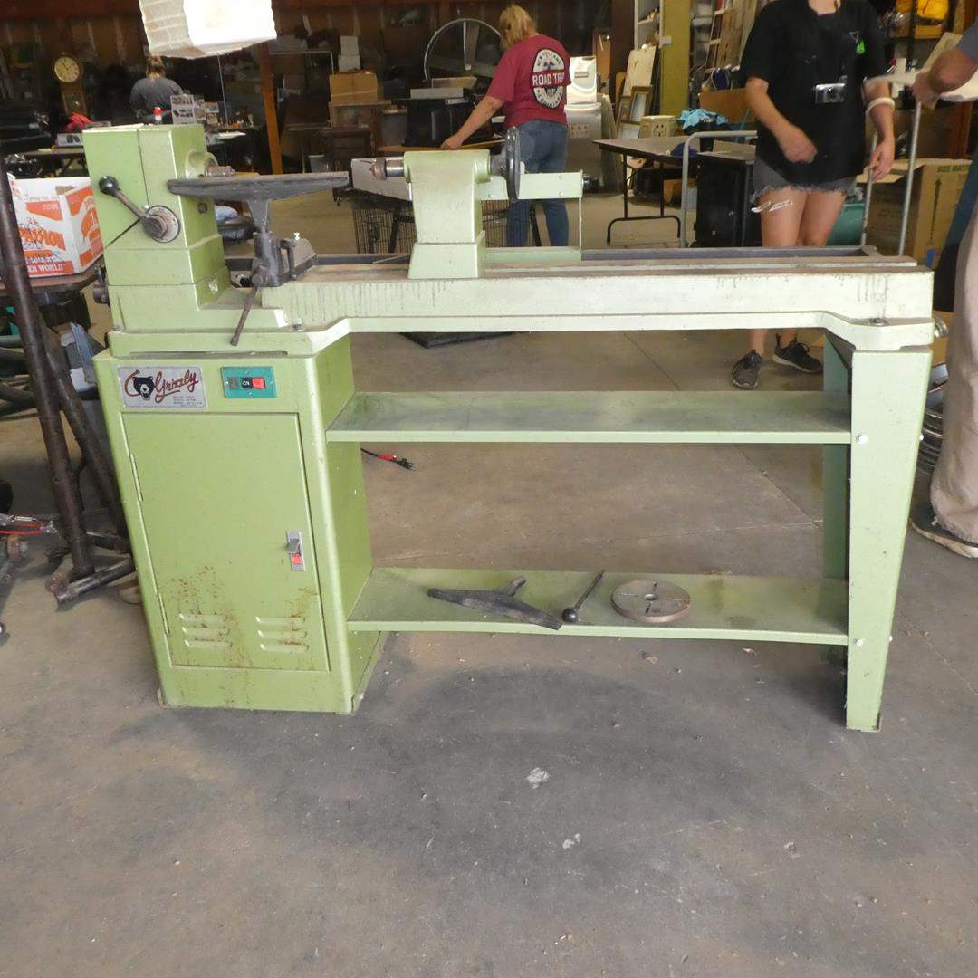 Lot # 205 - Grizzly Heavy Duty Wood Lathe  (main image)