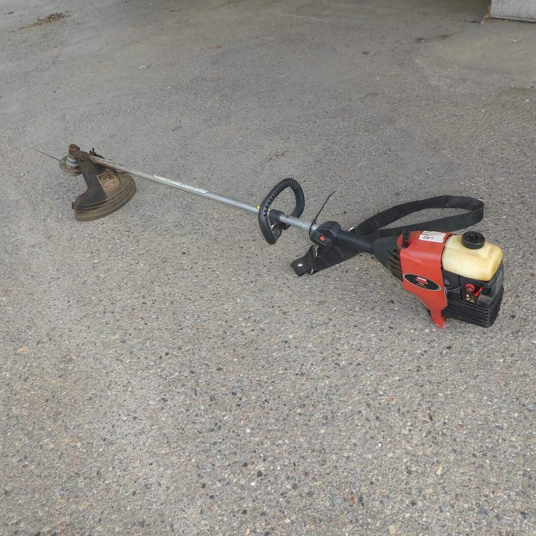Lot # 211 - Craftsman Weedwacker 32cc Gas Line Trimmer - Runs (main image)