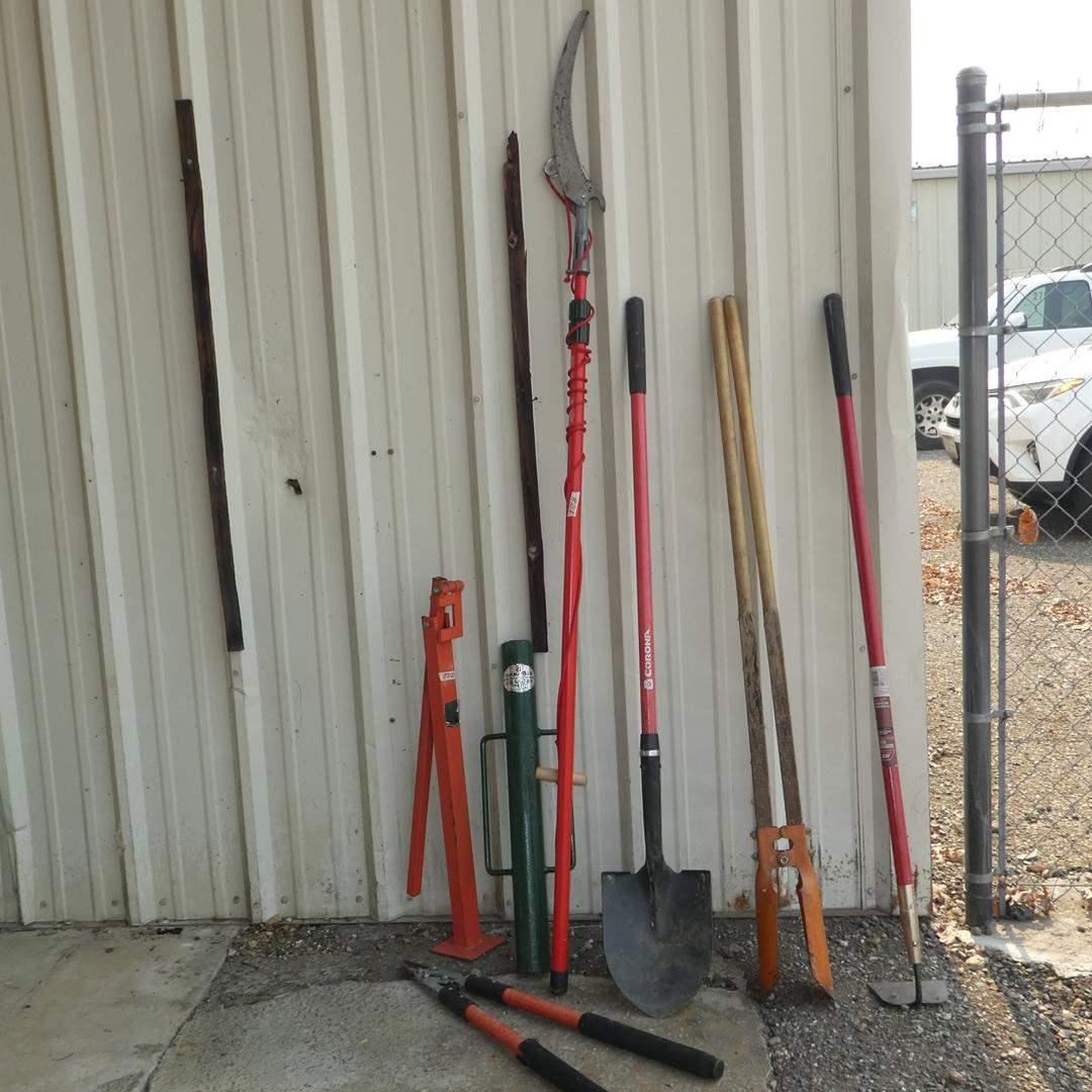 Lot # 212 - Yard Tools & Post Hole Digger (main image)