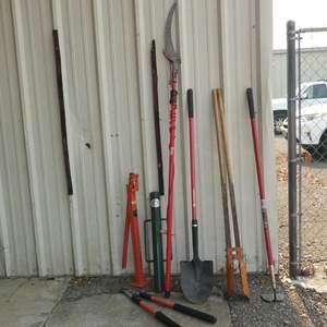 Lot # 212 - Yard Tools & Post Hole Digger
