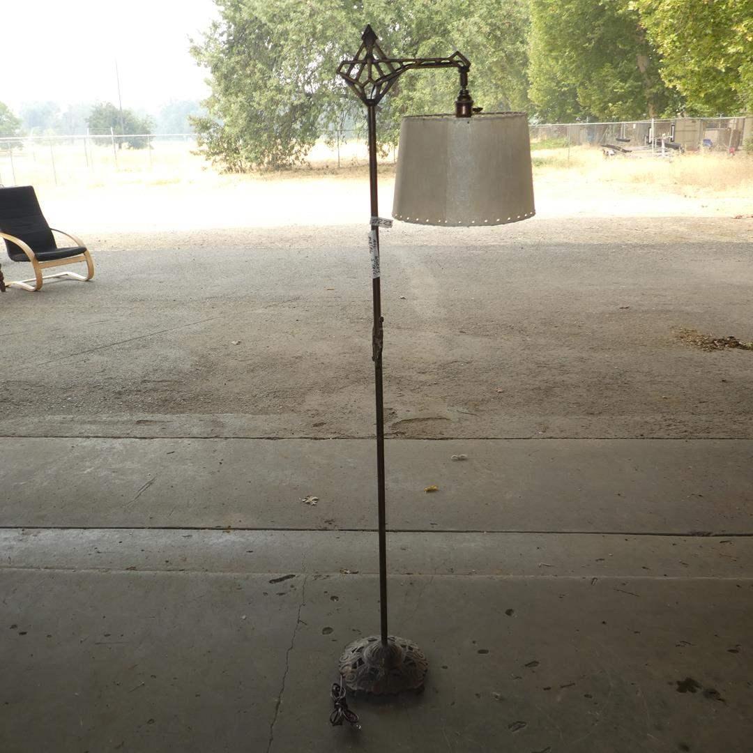 Lot # 223 - Antique Ornate Metal Floor Lamp - Works (main image)