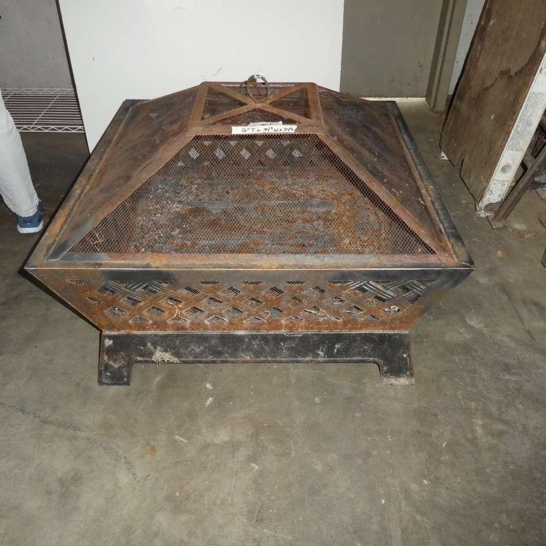 Lot # 1 - Large Outdoor Fire Pit (main image)