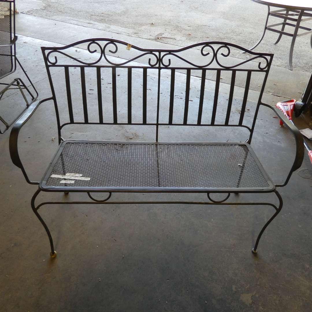 Lot # 4 - Metal Outdoor Bench (main image)
