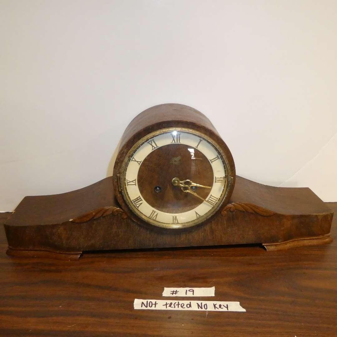 Lot # 19 - Antique Mantel Clock (main image)