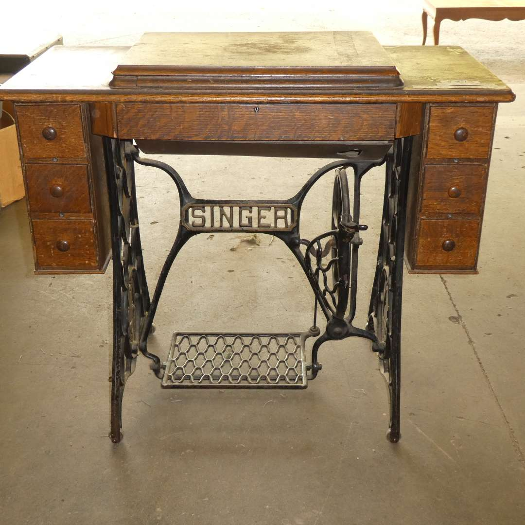Lot # 273 - Vintage Singer Sewing Desk With Notions- No Machine (main image)