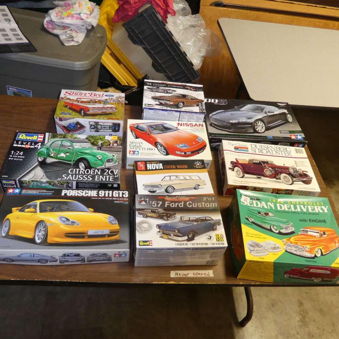 Lot # 274 - Model Car Kit (main image)