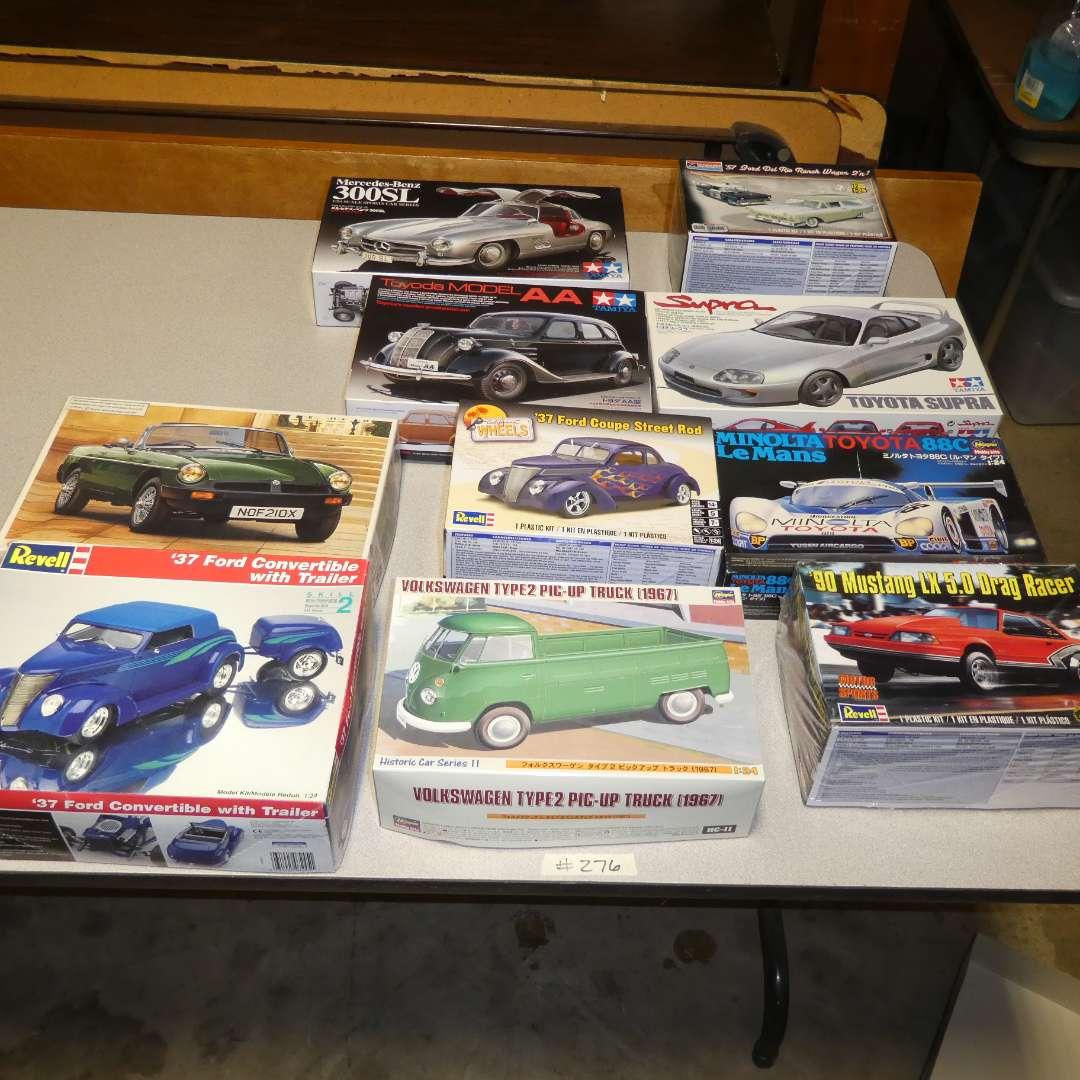 Lot # 276 - Model Car Kits (main image)