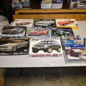 Lot # 281 - Model Car Kits