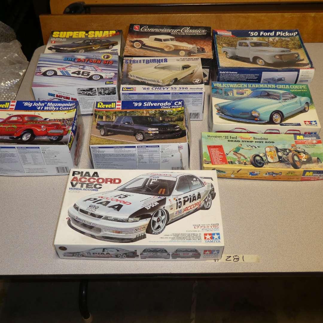 Lot # 282 - Model Car Kits  (main image)