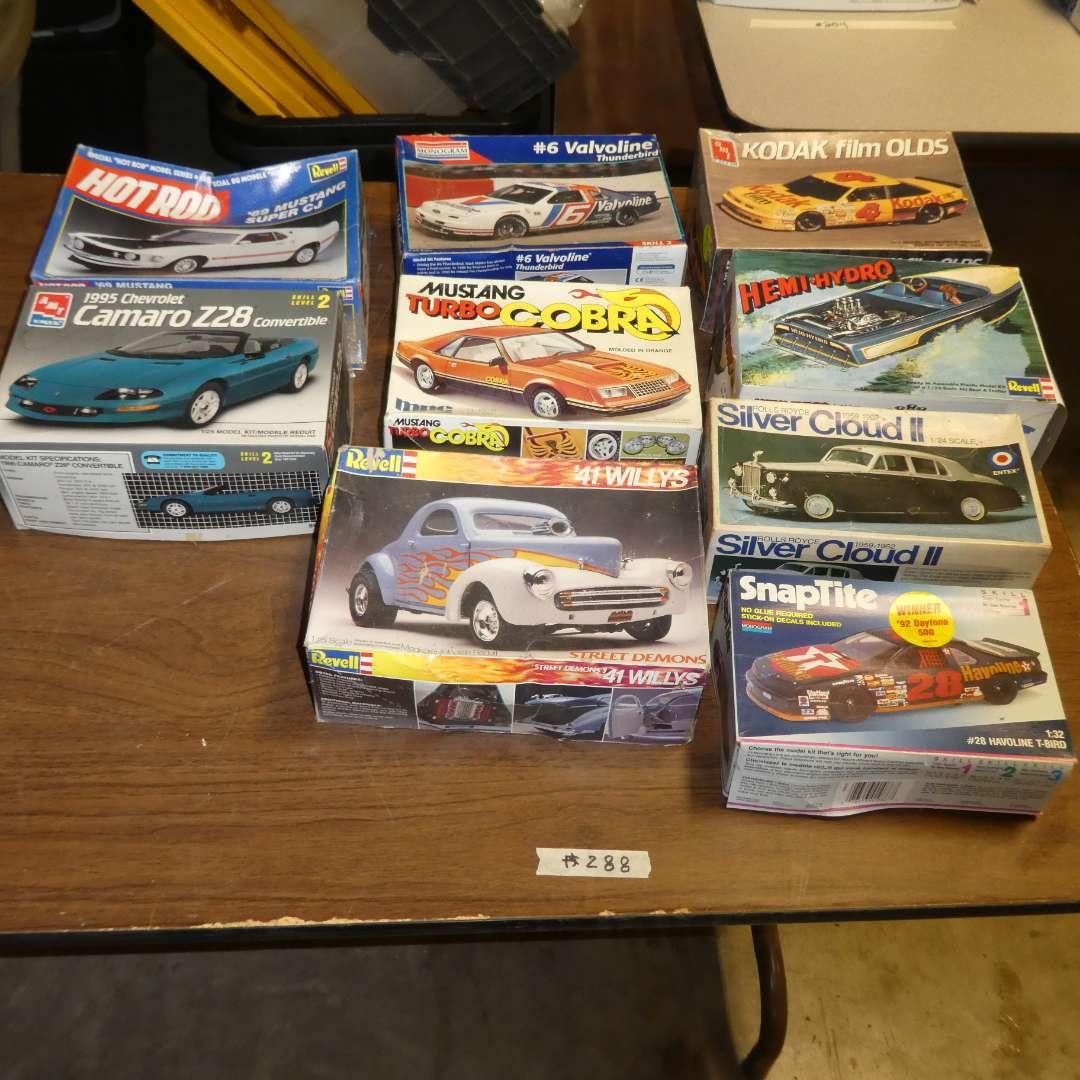 Lot # 288 - Model Car Kits (main image)