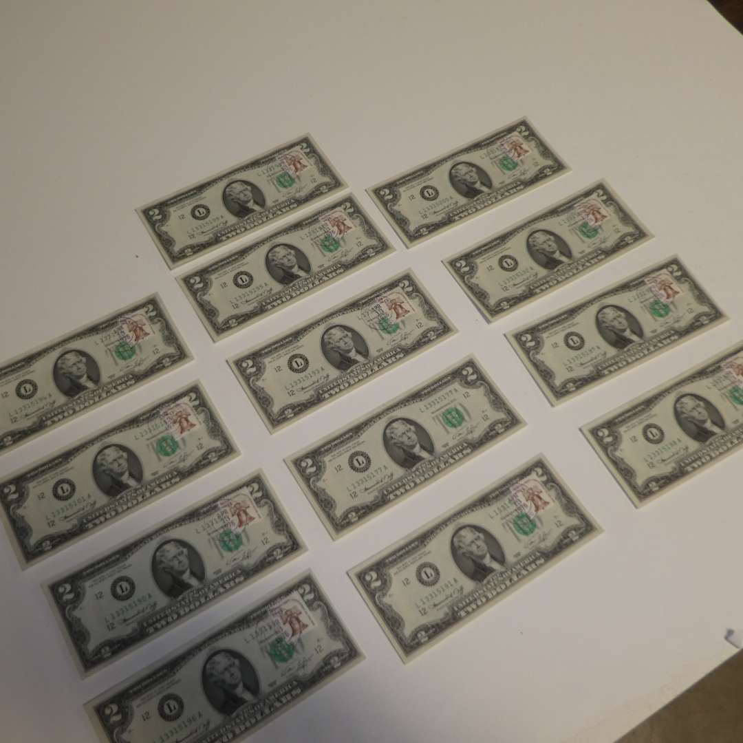 Lot # 310 - 13 $2 Bicentennial Notes   (main image)