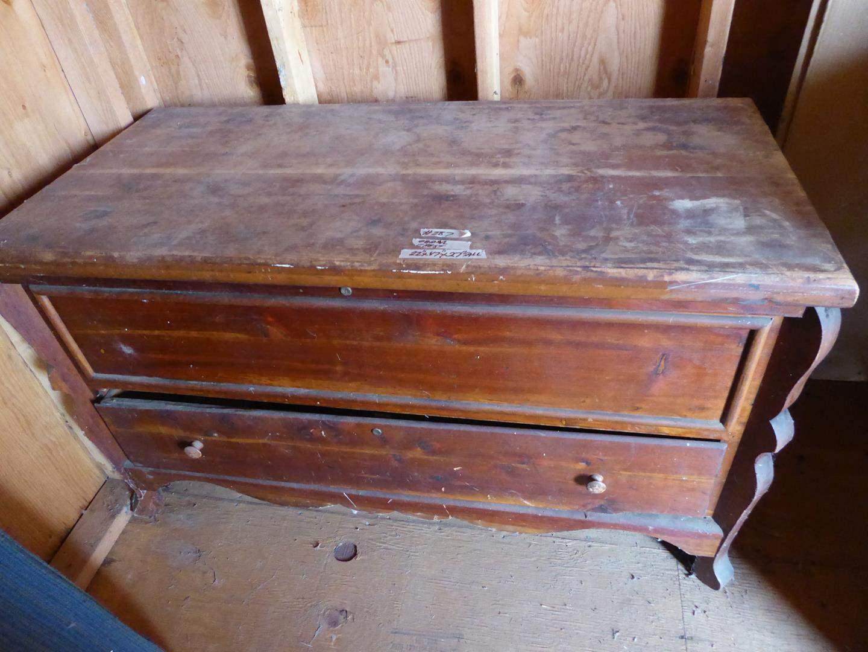 Lot # 287 - Antique/Vintage Cedar Chest w/Drawer (main image)