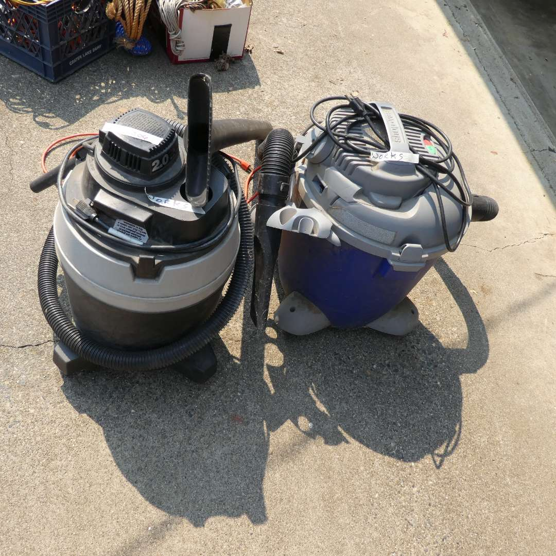 Lot # 206 - Shop Vacs And An Extension cord (main image)