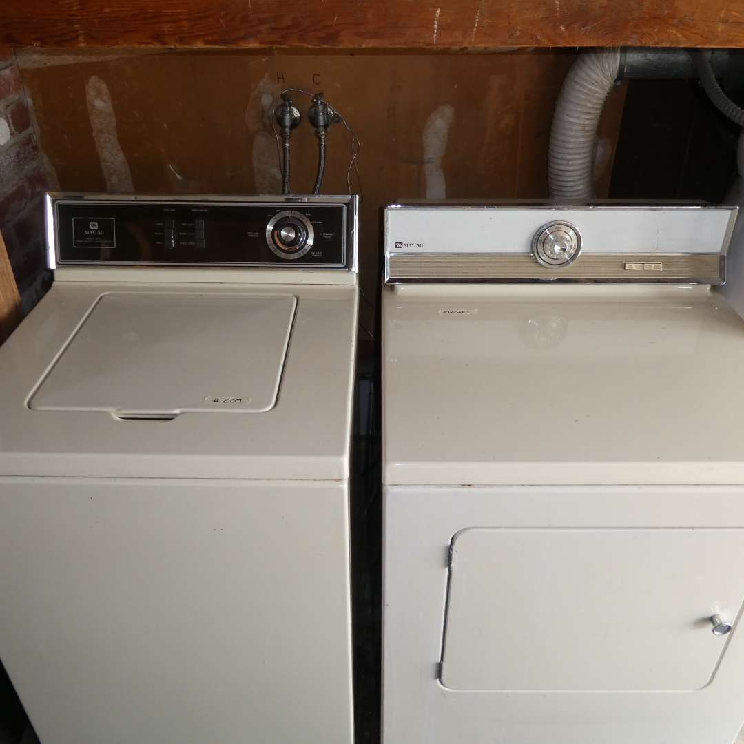 Lot # 207 - Electric Maytag Washer And Dryer (main image)