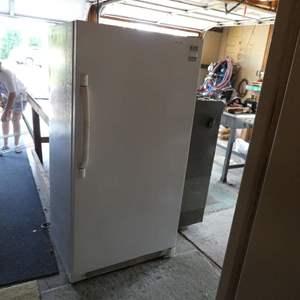 Lot # 214 - Frigidare Refrigerator