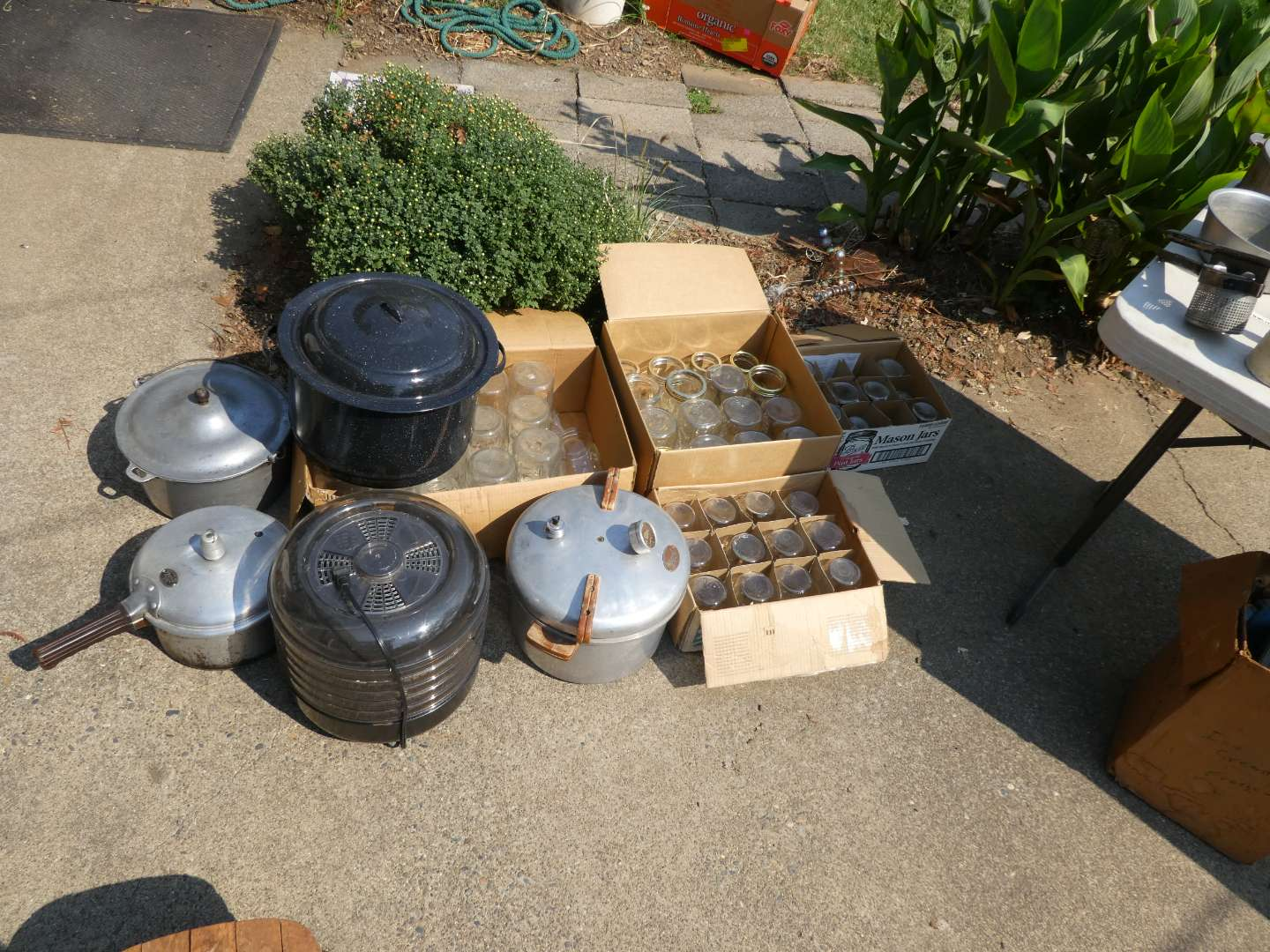 Lot # 225 - Canning Supplies (main image)