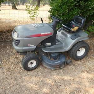 Lot # 99 - Craftsman Riding Lawn Mower - Runs