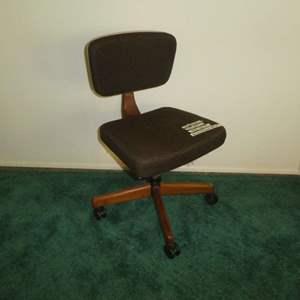 Lot # 162 - Vintage Mid Century Office Chair