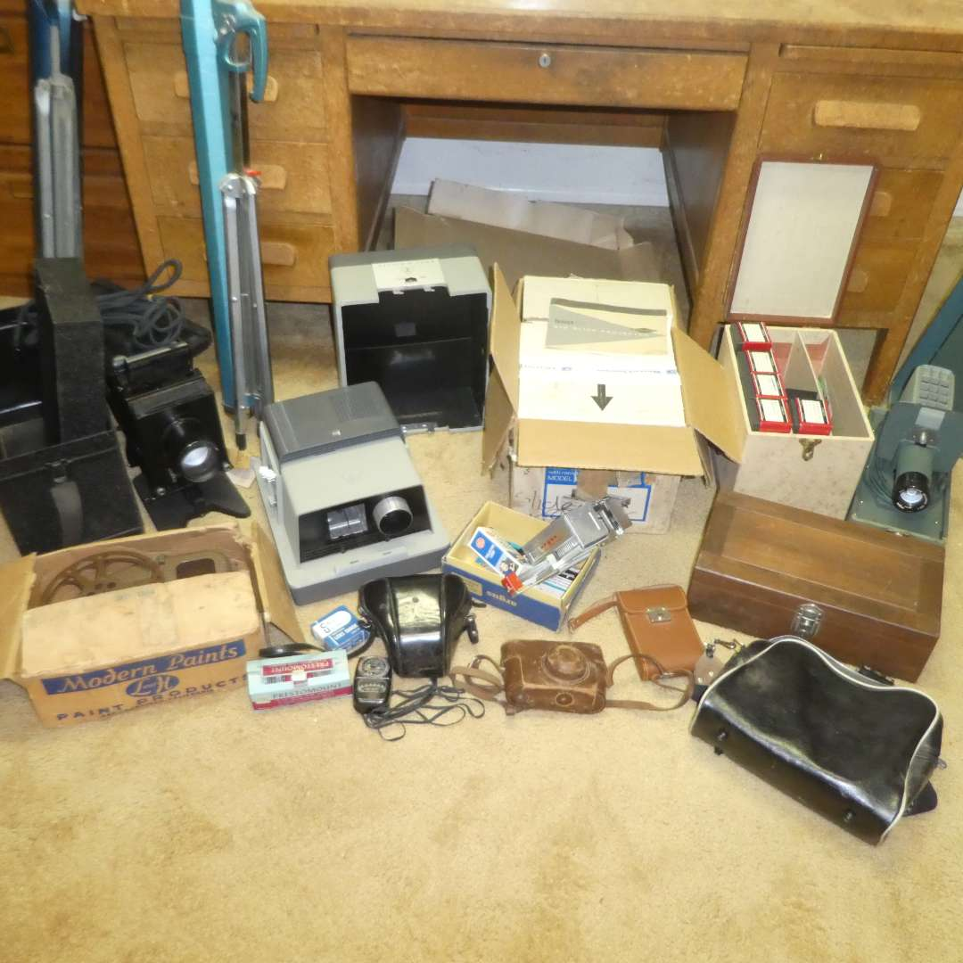 Lot # 125 -  Variety of Vintage Cameras, Projectors, Screens and More (main image)